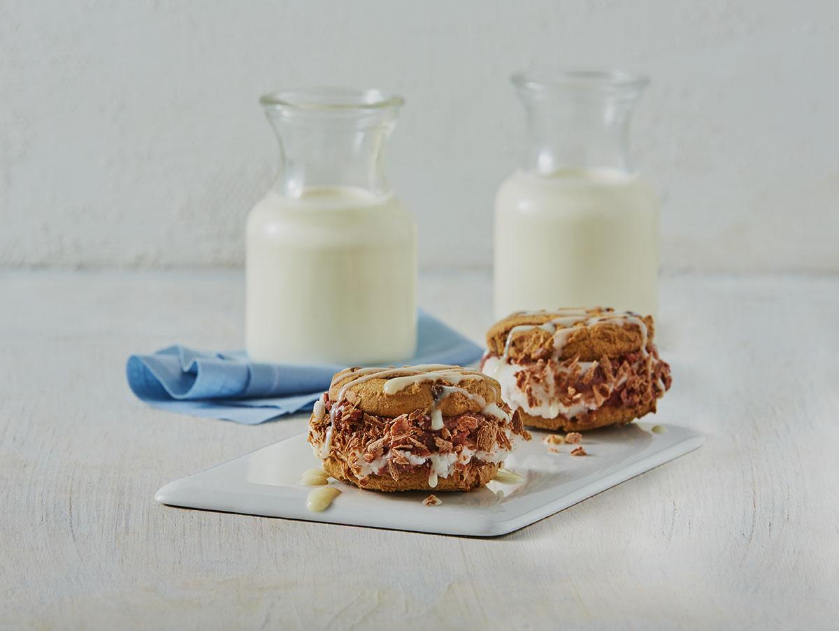 Sándwich de galleta y helado